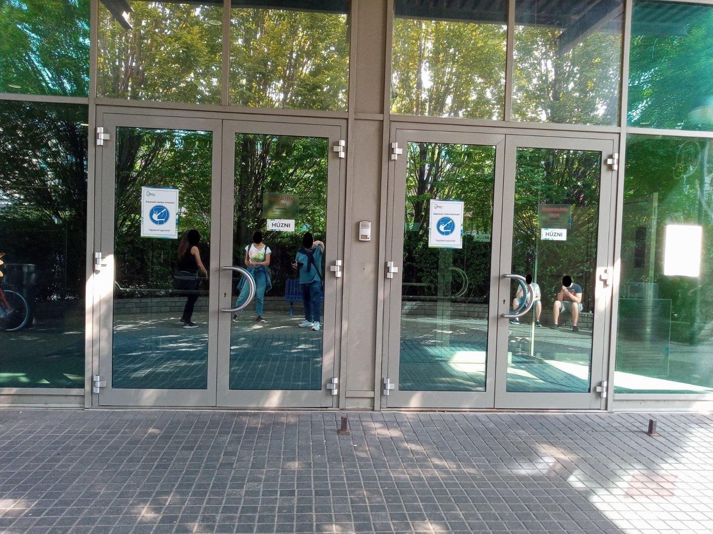 Entrance door