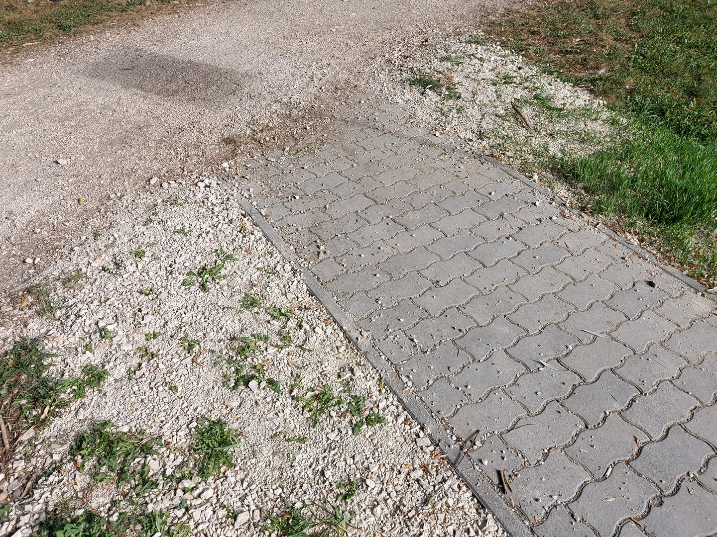 Free area for turning with wheelchair