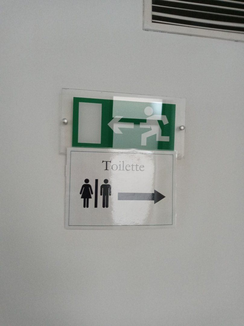 Board indicating direction