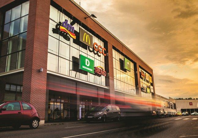 Pólus Center bevásárlóközpont borítóképe